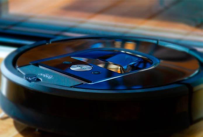 Robots aspiradores y friegasuelos: ellos limpian por ti